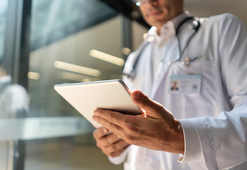 mic-blog-transforming-the-emr-into-a-clinical-surveillance-tool